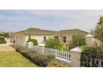 House For Sale In Fernwood Estate