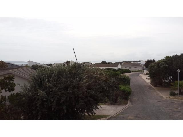 Country Club property for sale. Ref No: 13269584. Picture no 15