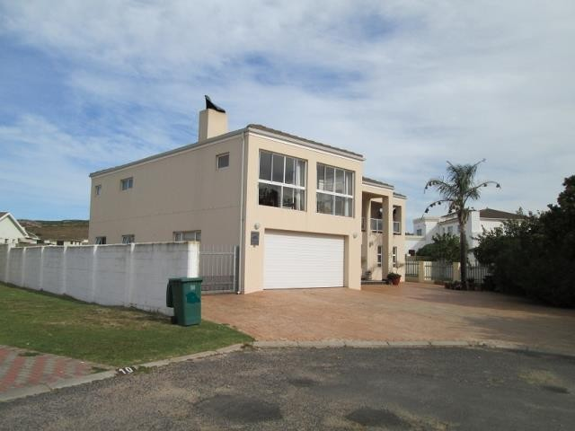 Country Club property for sale. Ref No: 13269584. Picture no 1