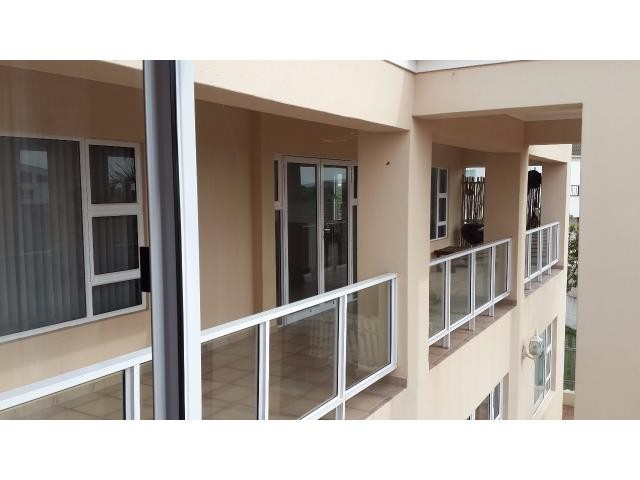 Country Club property for sale. Ref No: 13269584. Picture no 16