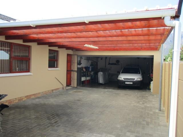 Winslow property for sale. Ref No: 13310069. Picture no 23