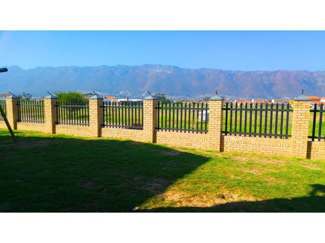Gordons Bay property for sale. Ref No: 13330264. Picture no 7