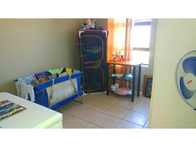 Gordons Bay property for sale. Ref No: 13330264. Picture no 14