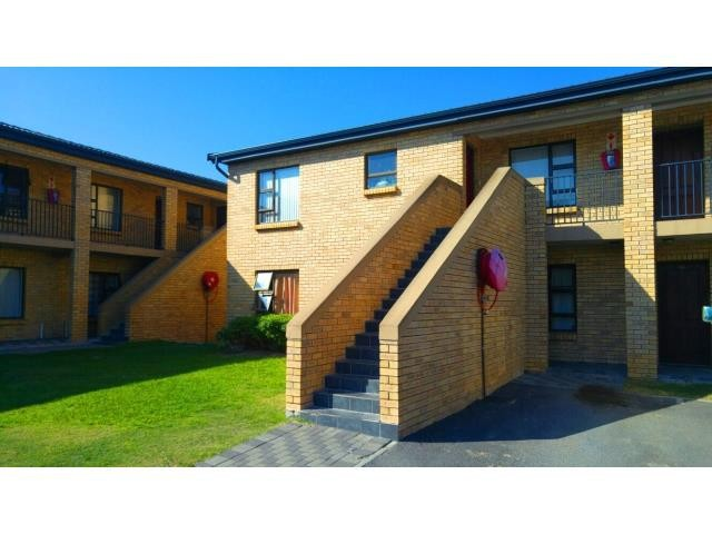 Gordons Bay property for sale. Ref No: 13330264. Picture no 17