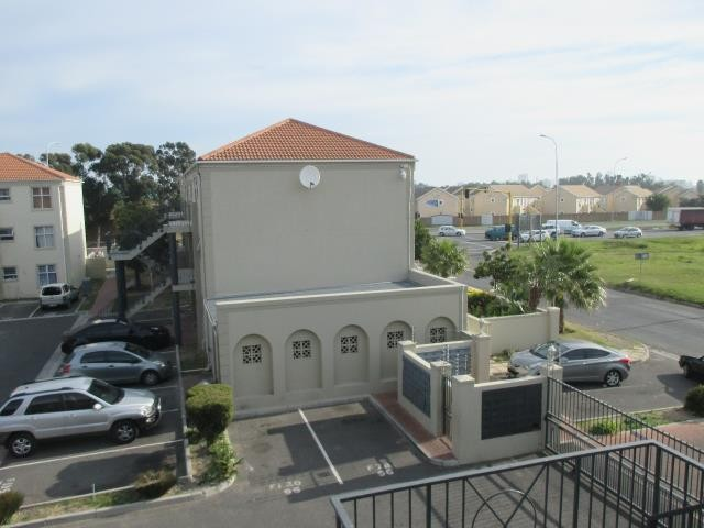 Strand property for sale. Ref No: 13287561. Picture no 5
