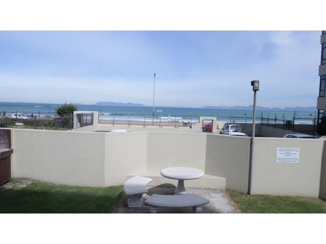 Strand property for sale. Ref No: 13270009. Picture no 17