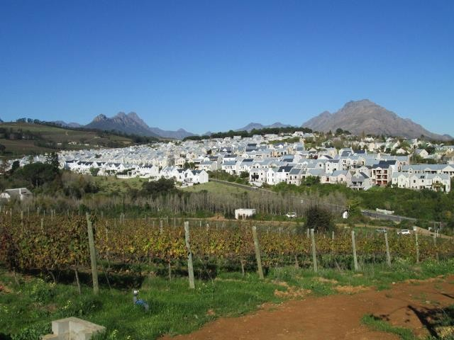 Stellenbosch property for sale. Ref No: 13374561. Picture no 12