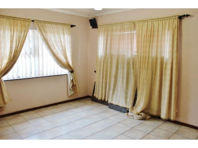 Elim property for sale. Ref No: 13373354. Picture no 18