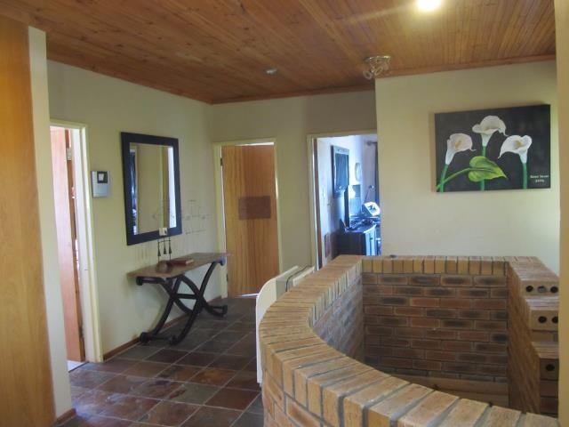 Amandelrug property for sale. Ref No: 13377895. Picture no 16
