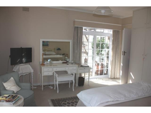 Roundhay property for sale. Ref No: 13308410. Picture no 9