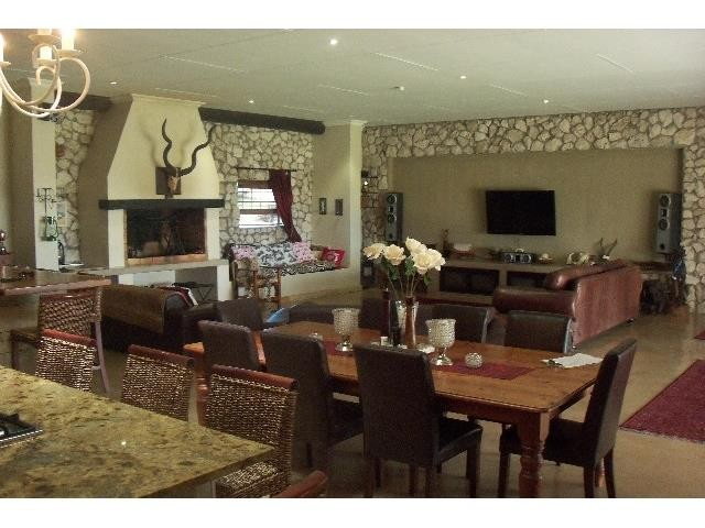 Long Acres Country Estate property for sale. Ref No: 3244554. Picture no 6