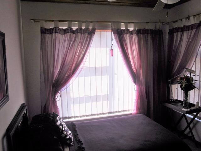 Amandelrug property for sale. Ref No: 13377895. Picture no 2
