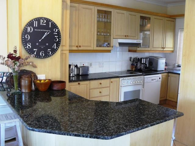 Greenways Golf Estate property for sale. Ref No: 13369241. Picture no 3