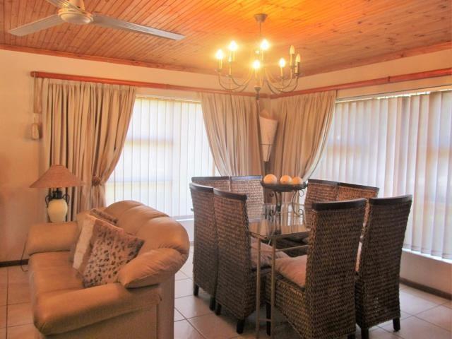 Amandelrug property for sale. Ref No: 13377895. Picture no 9