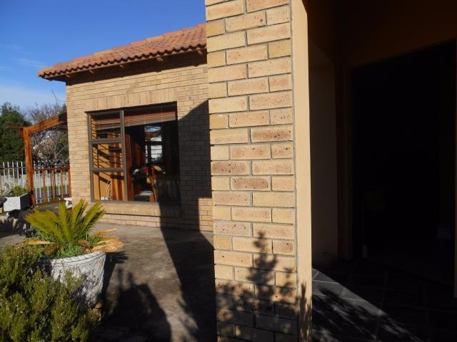 Kleinmond property for sale. Ref No: 13269515. Picture no 10