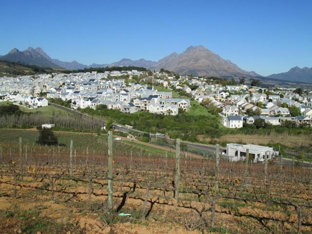 Stellenbosch property for sale. Ref No: 13374561. Picture no 10