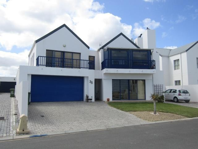 Blue Lagoon property for sale. Ref No: 13394008. Picture no 19
