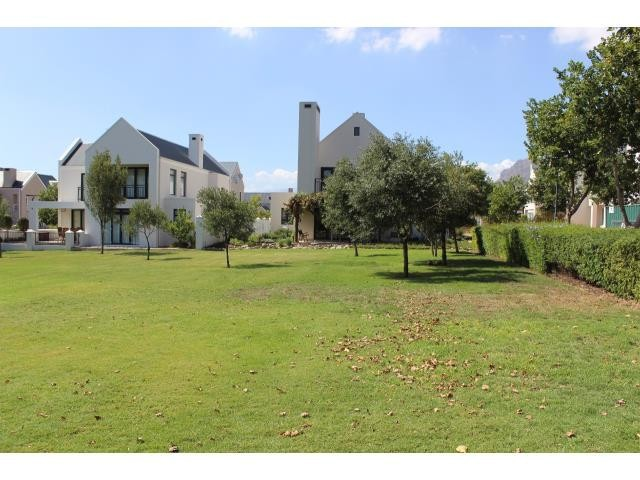 Stellenbosch property for sale. Ref No: 13394010. Picture no 23