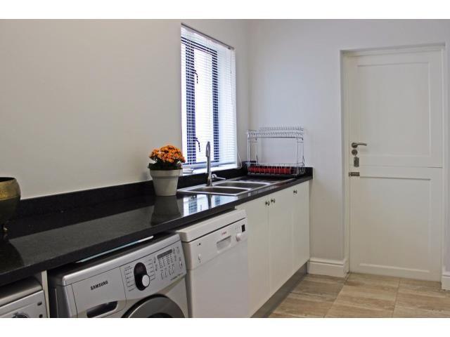 Stellenbosch property for sale. Ref No: 13394010. Picture no 7