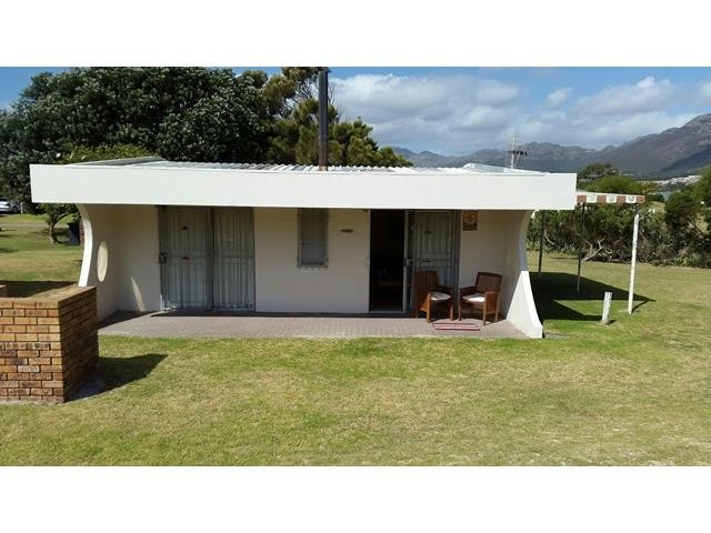 Gordons Bay property for sale. Ref No: 13393343. Picture no 1