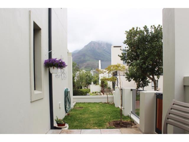 Stellenbosch property for sale. Ref No: 13394010. Picture no 18