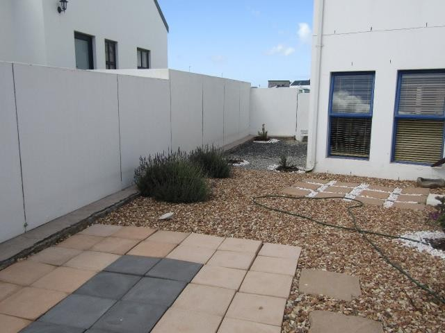 Blue Lagoon property for sale. Ref No: 13394008. Picture no 21