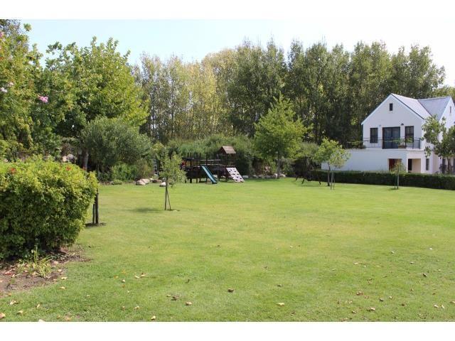 Stellenbosch property for sale. Ref No: 13394010. Picture no 21