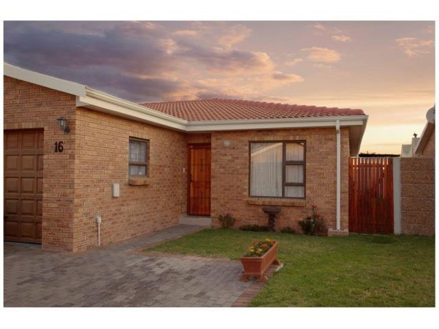 Heritage Park property for sale. Ref No: 13387736. Picture no 1