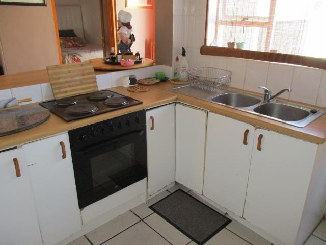 Dobson property for sale. Ref No: 13375377. Picture no 3