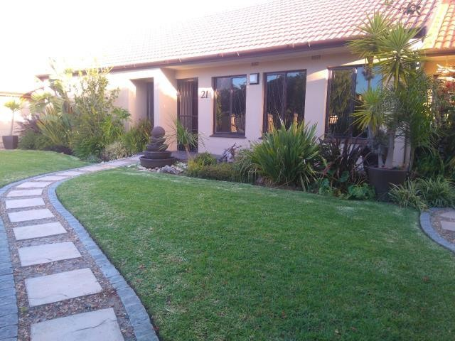 Strand property for sale. Ref No: 13400638. Picture no 14