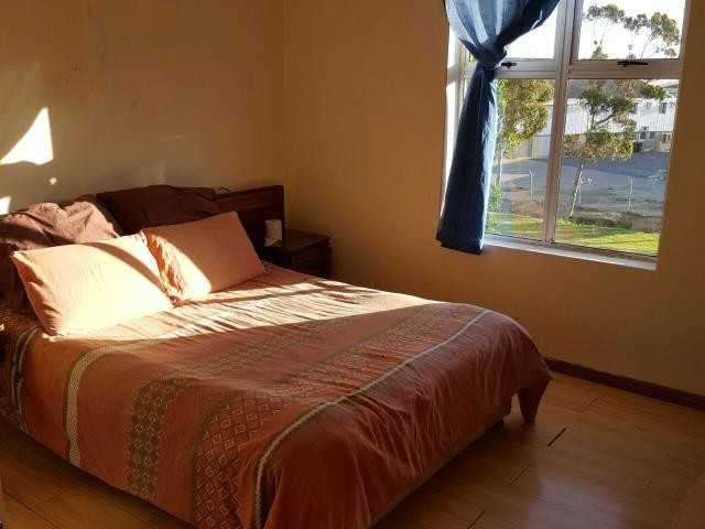 Strand property for sale. Ref No: 13397419. Picture no 2