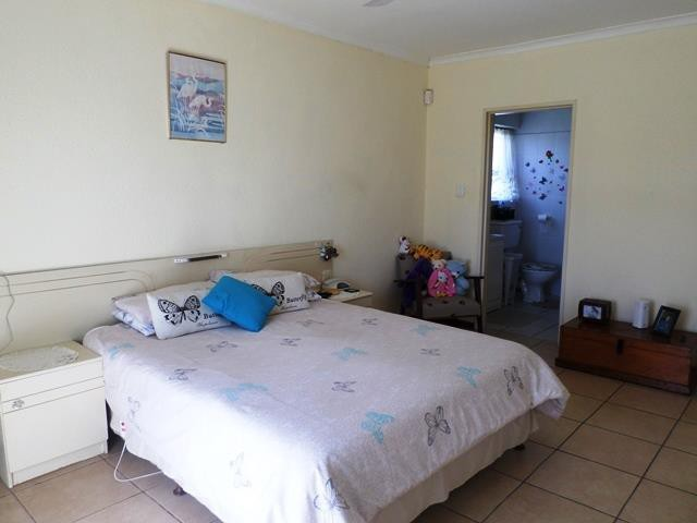 Strand property for sale. Ref No: 13400151. Picture no 3