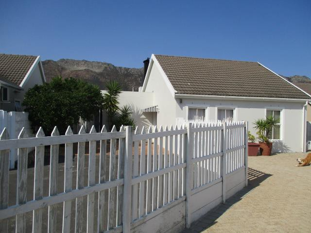 Dobson property for sale. Ref No: 13375377. Picture no 19