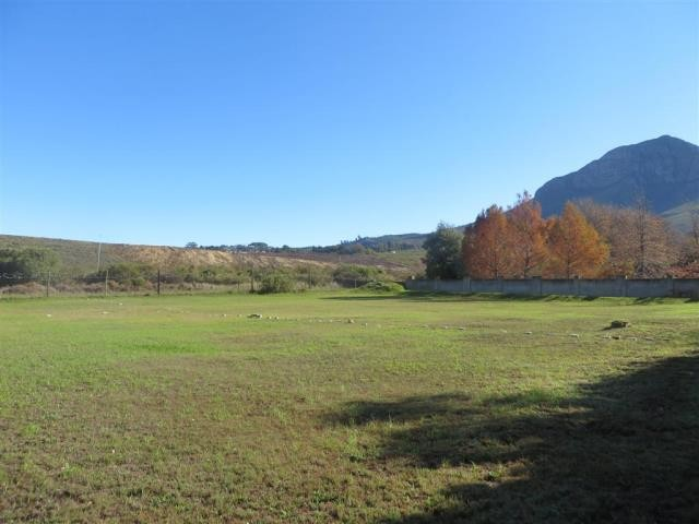 Natures Valley property for sale. Ref No: 13284854. Picture no 2