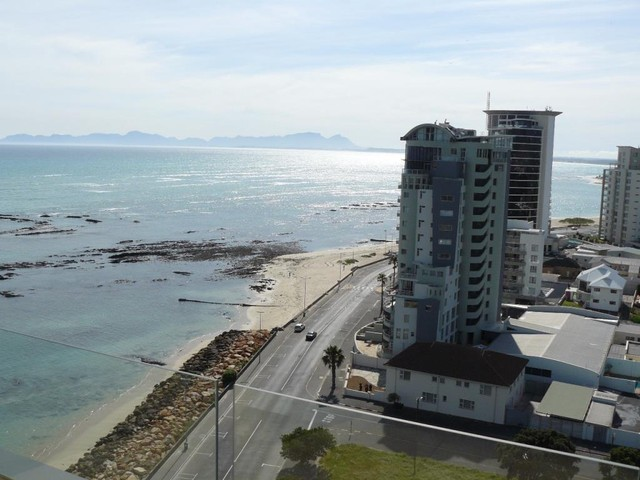Strand property for sale. Ref No: 13269636. Picture no 21